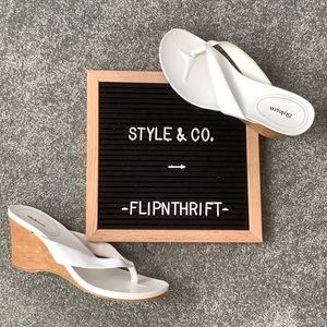 🆕LISTING 👠STYLE & CO. White Flip-Flop👡 Wedges